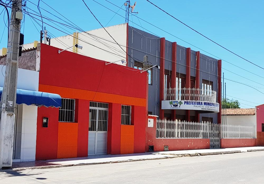 Se dos Poderes Legislativo e Executivo portomanguense