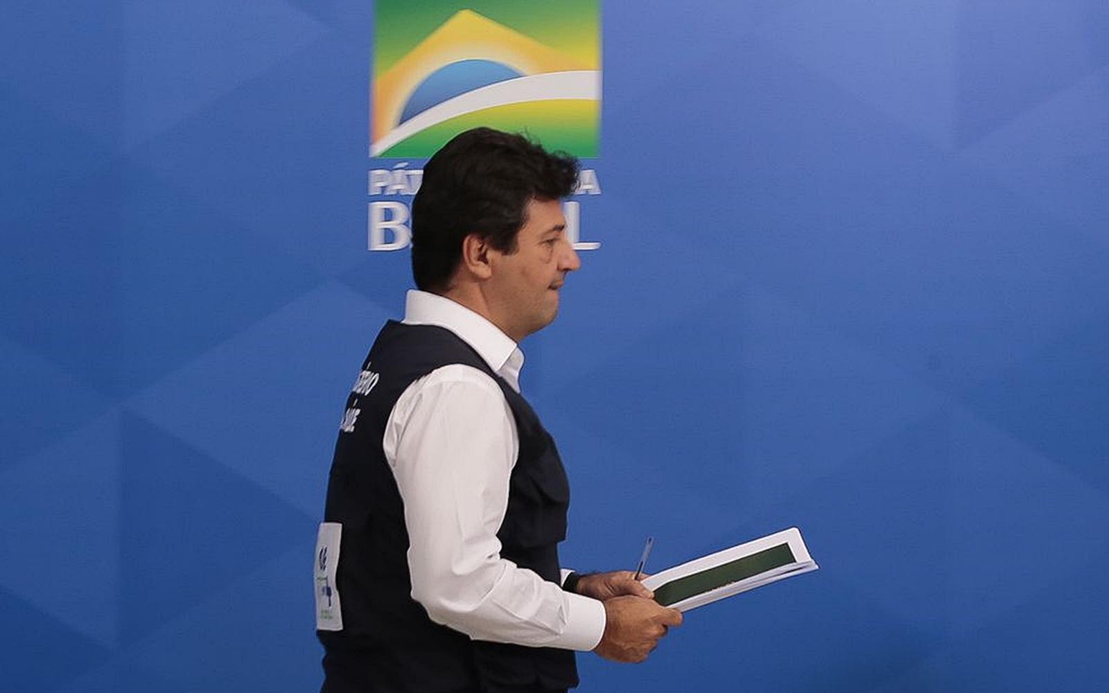 O ministro da Saúde, Luiz Henrique Mandetta, durante a coletiva de imprensa sobre à infecção pelo novo coronavírus