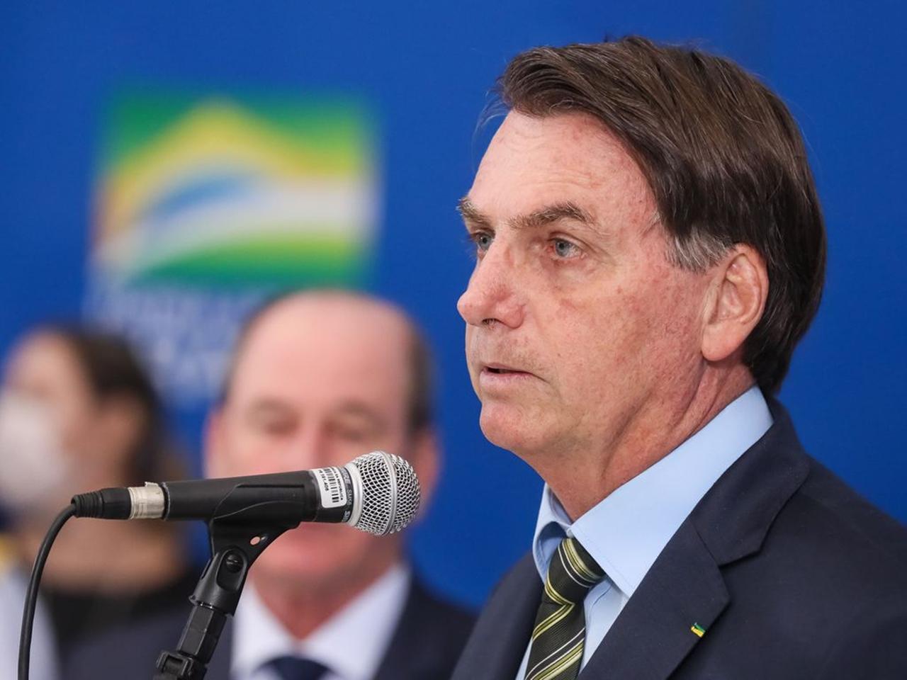 Presidente Jair Bolsonaro durante declaração à imprensa.